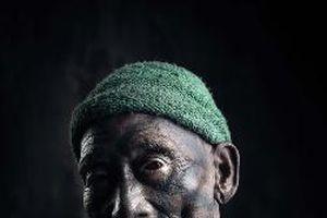 Bộ tộc săn đầu người: Những hình xăm phai mờ và phong tục truyền thống như 'đèn sắp cạn dầu'
