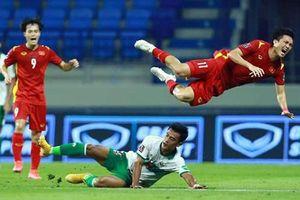 UAE đáng sợ, còn trọng tài thì đáng ngại
