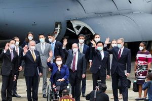 Trung Quốc chỉ trích nặng lời vụ 3 thượng nghị sĩ Mỹ đến Đài Loan