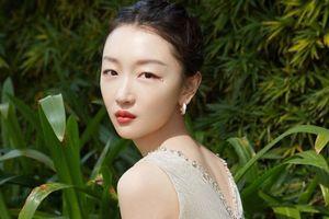 Châu Đông Vũ là giám khảo trẻ nhất lịch sử LHP Quốc tế Thượng Hải
