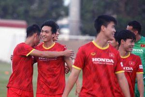 Đội tuyển Việt Nam trở lại sân tập, chuẩn bị cho trận gặp Malaysia