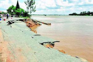 ĐBSCL: Xuất hiện nhiều điểm sạt lở nguy hiểm ngay đầu mùa mưa
