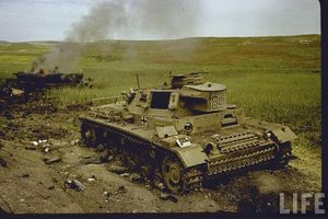 Loạt ảnh không thể quên về chiến trường Bắc Phi năm 1943