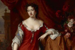 Nữ hoàng đầu tiên của nước Anh đã lên ngôi thế nào?