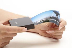 Samsung bắt đầu sản xuất màn hình OLED gập cho Google, vivo và Xiaomi từ tháng 10
