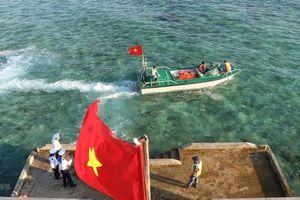 Vẻ đẹp kiên cường của quần đảo Trường Sa giữa nắng gió biển Đông