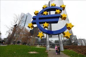 Kinh tế Eurozone, EU tiếp tục suy giảm