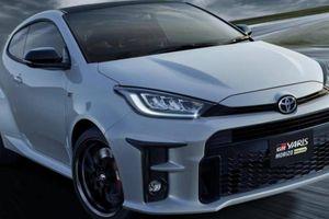 Ra mắt Toyota GR Yaris phiên bản được gắn logo trên bánh xe