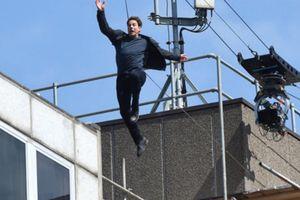 Tại sao Tom Cruise luôn tự thực hiện các pha hành động nguy hiểm?