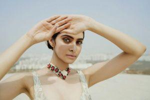 Vẻ đẹp thuần khiết của Tân Hoa hậu Ấn Độ - Đối thủ của Đỗ Thị Hà tại Miss World 2021