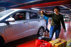 Xe vào Nội Bài, Tân Sơn Nhất mất ít nhất 10.000 đồng tiền phí
