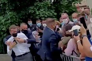 Người tát vào mặt Tổng thống Macron ra tòa