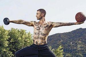 Adam Levine đã làm gì để có thân hình săn chắc?
