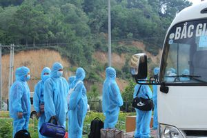 Bắc Giang: Đưa công nhân tỉnh ngoài tạm thời trở về địa phương