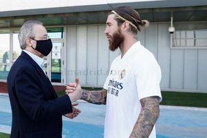 Sergio Ramos nhận 'thua' Perez, giảm lương để ở lại Real Madrid