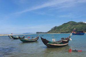 Huế: Cửa biển Tư Hiền bị cát bồi lấp, cảng cá chục tỷ bên trong vắng tàu lớn, hải sản đi nơi khác