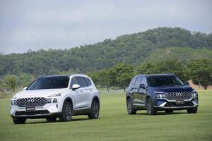 Hyundai Santa Fe bán gần 1.300 xe sau nửa tháng ra mắt phiên bản mới