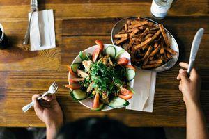 Nghiên cứu: Chế độ ăn chay giúp giảm nguy cơ mắc COVID-19 mức độ nặng