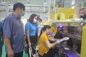 Tổ an toàn COVID-19 - 'Lá chắn' bảo vệ công nhân lao động