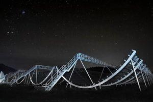 Phát hiện hàng trăm vụ nổ sóng vô tuyến bí ẩn trong vũ trụ