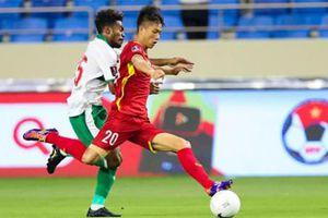 Tuyển Việt Nam tái đấu Malaysia thiếu vắng Quang Hải