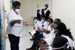 Châu Phi vẫn ở 'vạch xuất phát' trong việc tiêm vaccine