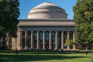 Bảy trường đại học hàng đầu thế giới năm 2022
