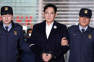 Tổng thống Hàn Quốc xem xét ân xá 'thái tử Samsung'