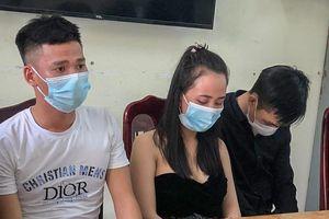 Phát hiện 8 người phê ma túy khi khai báo y tế ở chốt kiểm dịch