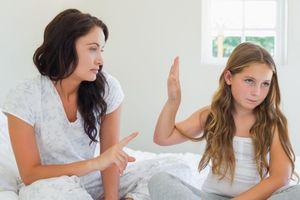 6 điều cha mẹ thông minh không bao giờ làm