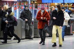 Chống dịch 'ngược dòng' thế giới, Thụy Điển cảnh báo về làn sóng thứ 4