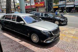 Cặp đôi Mercedes-Maybach S650 Pullman hơn 160 tỷ đồng ở Sài Gòn