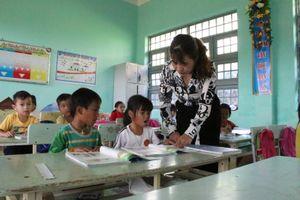 Giáo viên nỗ lực vừa nâng chất vừa vượt khó triển khai chương trình mới