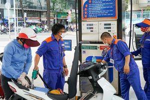 Các mặt hàng xăng, dầu đồng loạt tăng giá