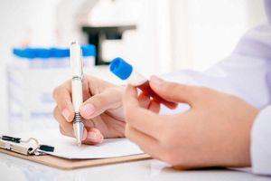 Thiếu 2000 test nhanh kháng nguyên Covid-19 cho giáo viên chấm thi ở Hà Nội
