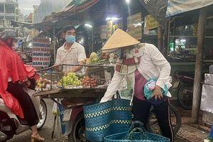 TP. Hồ Chí Minh: Nhiều đối tượng lao động phổ thông được hỗ trợ tiền do tác động dịch Covid-19