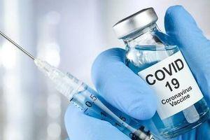 Hà Nội: Thêm một huyện phải thu hồi văn bản 'tự trả phí tiêm vắc xin COVID-19'