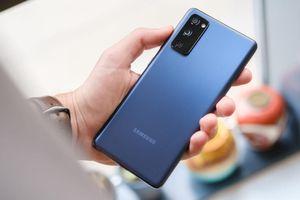 Những chiếc điện thoại ra mắt năm 2020 nhưng vẫn đáng mua năm 2021