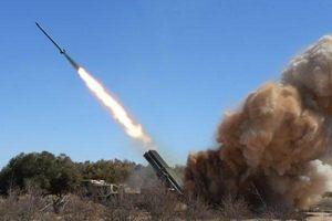 Chiến trường Syria: Đấu súng tàn khốc và cuộc chiến giành giật căn cứ quân sự