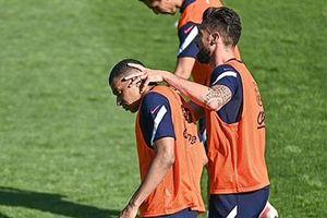 Mbappe không chấp nhận lời xin lỗi của Giroud