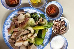 Hấp dẫn với món 'Tam Sên' rất Huế giữa Sài Gòn