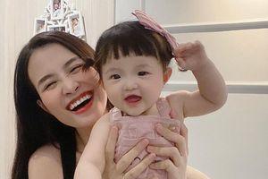 Khoe ảnh chụp cùng con gái cưng, Đông Nhi liền bị Mai Phương Thúy và loạt sao Việt trêu
