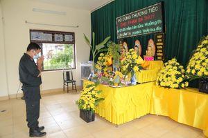 Bố mất không thể về chịu tang, chiến sĩ CSCĐ bái vọng giữa tâm dịch Bắc Ninh