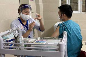 Hà Nội triển khai tiêm 91.000 liều vắc xin phòng Covid-19 đợt 3 và đợt 4