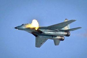 Uy lực khủng khiếp của pháo hàng không trên chiến đấu cơ Nga