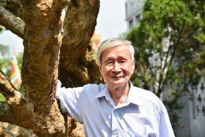 Nhà văn Nguyễn Xuân Khánh đã 'đội gạo lên chùa' ở tuổi 89