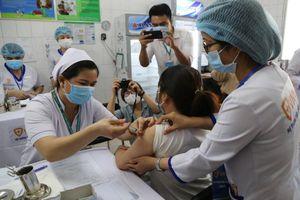 Vì sao tiêm ngừa đủ 2 mũi vaccine COVID-19 vẫn mắc bệnh?