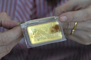 Giá vàng giảm sâu cuối tuần