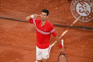 Djokovic xuất sắc ngược dòng đánh bại Nadal