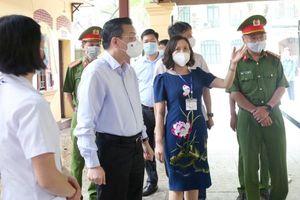 Ngày thi đầu tiên vào lớp 10 công lập tại Hà Nội: An toàn, thuận lợi